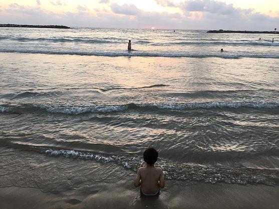 max-on-the-beach